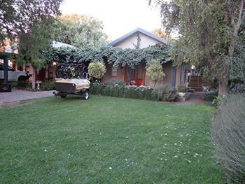 La Paix Guest House - beautiful gardens